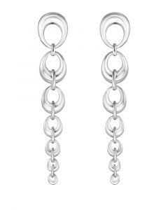 Georg Jensen - Offspring øreringe i sølv. De lange øreringe er fremstillet med en række af ovale led, i aftagende størrelser. Længde: 70 mm. 20001004.