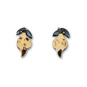 By Birdie - Windsor Single øreringe i sølv med 14kt guld. De fineørestikker er fremstillet i sterling sølv, de små blade belagtmed 14 karat guld. 50811396.