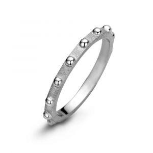 Spirit Icons - Spike ring i sølv. Ringen har en matteret overflade, med små blanke kugler. Den kan bæres alene, eller i kombination med andre ringe. 53331