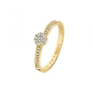 Spirit Icons - Eternal ring i 14 karat guld. Ringskinnen er besat med en række diamanter på hver side af toppen. Den runde top er paveretmed diamanter. 54066