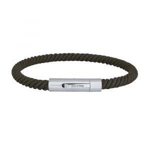 SON of NOA - SON herre armbånd. Dette er et smaltolivengrønt herre armbånd i snoet flettet nylon, med lås i stål. Bredde: 5 mm. 889-000-GREEN.