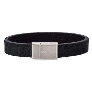 SON of NOA - SON herre læderarmbånd. Det er fremstilleti sort kalveskind med lås i børstet stål. 897-004-BLACK.