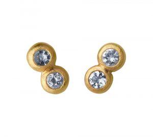 byBiehl - My Powers øreringe i forgyldt sølv. De små ørestikker er designet som to sammensatte cirkler, udsmykket med akvamariner. Længde: 5 mm. 4-4004aq-GP.