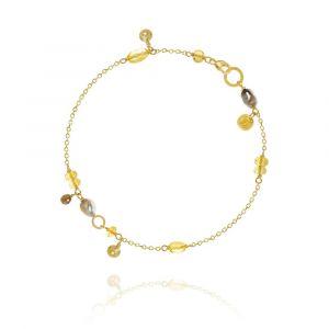 Dulong - Piccolo Golden Desert armbånd i 18kt guld. På den fine kæde er små forskellige vedhæng, samt en briolette diamant, tahitiperler og citriner.PIC4-A1116.
