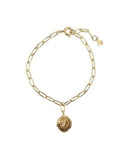 Hultquist - Lions Head armbånd i forgyldt sølv. På den smalle lænke hænger et fast vedhæng, designet som et lille løvehoved. Længde: 18 cm. S05005-G.