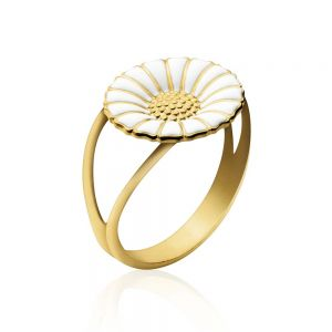 Georg Jensen - Daisyring i forgyldt sølv med hvid emalje. Ringen er fremstilleti sterlingsølv belagt med 18 karat guld. Marguerit: 11 mm. 2000031000.