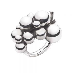 Georg Jensen - Moonlight Grapes Stor ring i sølv med vindrueklase. Ringen er inspireret af et originalt Georg Jensen design fra 1920erne. 2000033400.