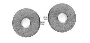 Spirit Icons - Raw ørestikker i 2-farvet sølv. De runde mørke øreringe er fremstillet i et moderne design. 40271