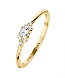 Spirit Icons - Vida ring i 14 karat blankpoleret guld med diamanter. Ringen er fremstillet i et klassisk design. Toppen er udsmykket med 0,16ct diamanter. 54106