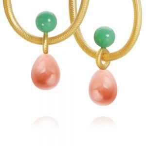 Dulong Balance vedhæng til øreringe i 18 karat guld, med ferskenfarvet månesten og grøn chrysopras. BLC2-A1105