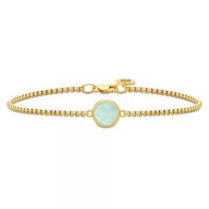 Julie Sandlau - Primini armbånd i forgyldt sølv med grøn krystal. På den kæden erfast rundt vedhæng, udsmykket med en smuk grønkrystal. BR258GDPECR.