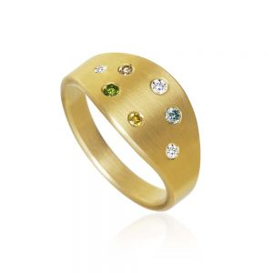 Dulong Luna ring i 18 karat guld med farvede brillanter