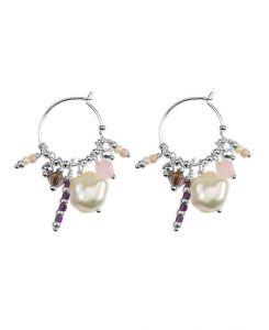 Hultquist - Ophelia øreringe i sølv medferskvandsperler. De finecreoler er designetmed farvede glas og ferskvandsperler. Længde: 3,5 cm. S09009-S